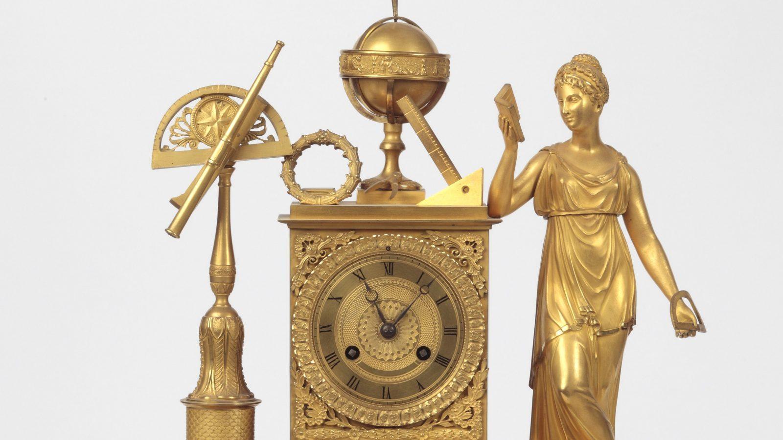 C3 - Reloj astronómico del siglo XVIII