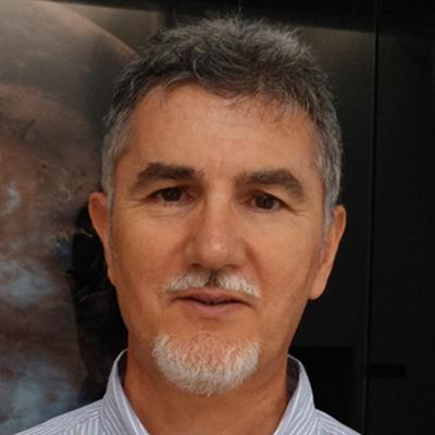 Víctor Parro